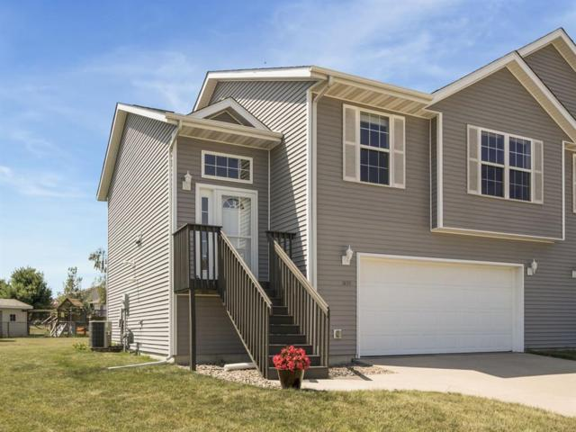 1572 Deerfield Drive, North Liberty, IA 52317 (MLS #1804975) :: The Graf Home Selling Team