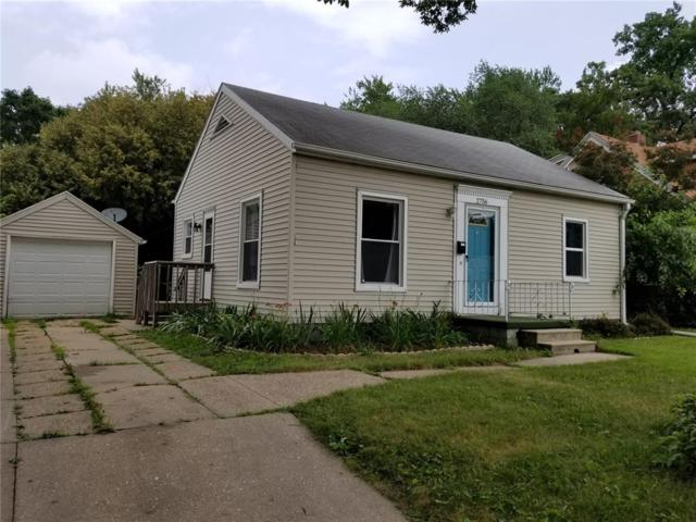 2756 Meadowbrook Drive SE, Cedar Rapids, IA 52403 (MLS #1805019) :: The Graf Home Selling Team