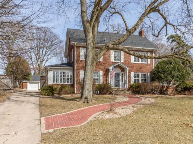 360 Forest Drive SE, Cedar Rapids, IA 52403 (MLS #1805143) :: The Graf Home Selling Team