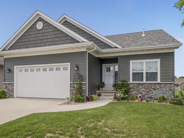 240 Ridgewood Drive, Hiawatha, IA 52230 (MLS #1805611) :: The Graf Home Selling Team