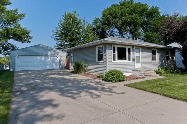 704 Owen Street NW, Cedar Rapids, IA 52405 (MLS #1805741) :: WHY USA Eastern Iowa Realty