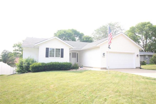 2330 31st Street SW, Cedar Rapids, IA 52404 (MLS #1805881) :: The Graf Home Selling Team