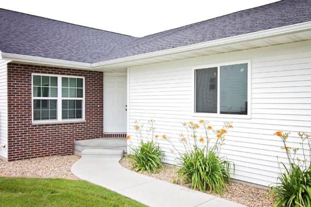 615 Lincoln Drive, Center Point, IA 52213 (MLS #1806500) :: The Graf Home Selling Team
