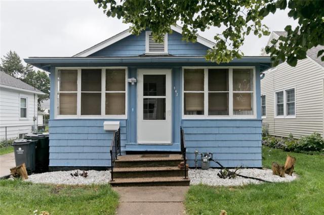 842 17th Street SW, Cedar Rapids, IA 52404 (MLS #1806643) :: The Graf Home Selling Team