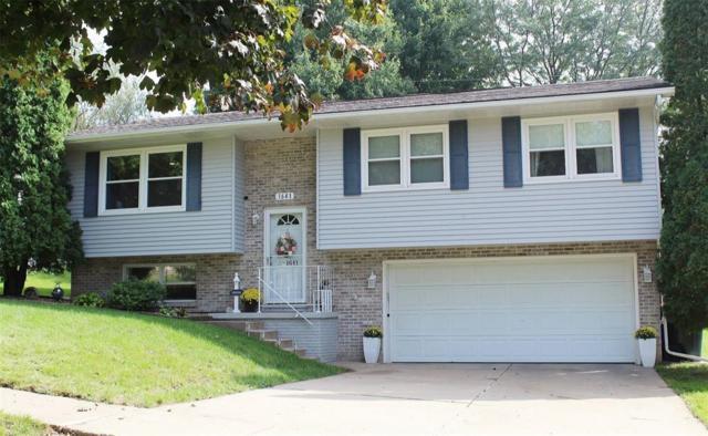 1641 26th Street NW, Cedar Rapids, IA 52405 (MLS #1806662) :: The Graf Home Selling Team
