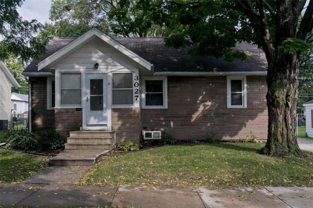 3027 D Avenue NE, Cedar Rapids, IA 52402 (MLS #1806679) :: The Graf Home Selling Team