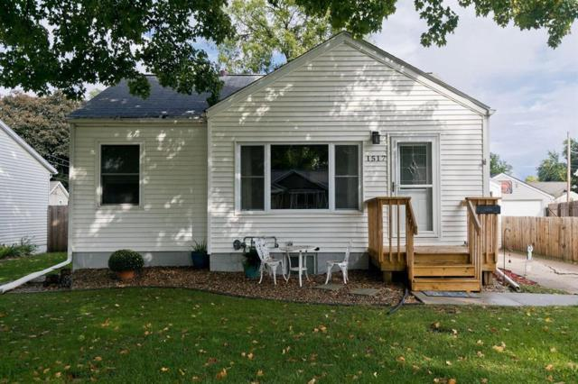 1517 9th Street NW, Cedar Rapids, IA 52405 (MLS #1806683) :: The Graf Home Selling Team