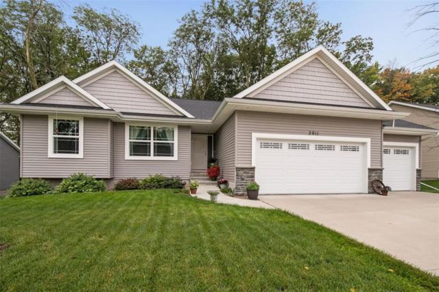2011 Shady Grove Road SW, Cedar Rapids, IA 52404 (MLS #1806703) :: The Graf Home Selling Team