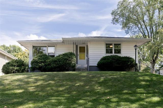 613 4th Avenue, Coralville, IA 52241 (MLS #1806877) :: The Graf Home Selling Team