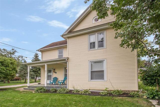 113 E Elm Street, Solon, IA 52333 (MLS #1806908) :: The Graf Home Selling Team