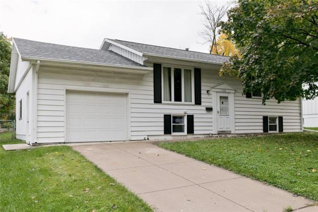 1106 Cheyenne Road NW, Cedar Rapids, IA 52405 (MLS #1807152) :: The Graf Home Selling Team