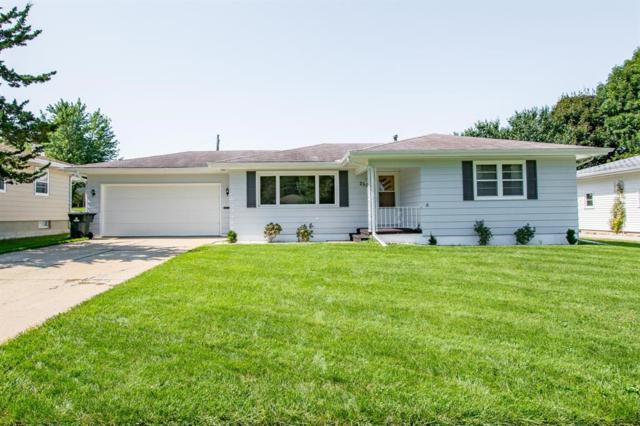 2506 Mallory Street SW, Cedar Rapids, IA 52404 (MLS #1807238) :: The Graf Home Selling Team
