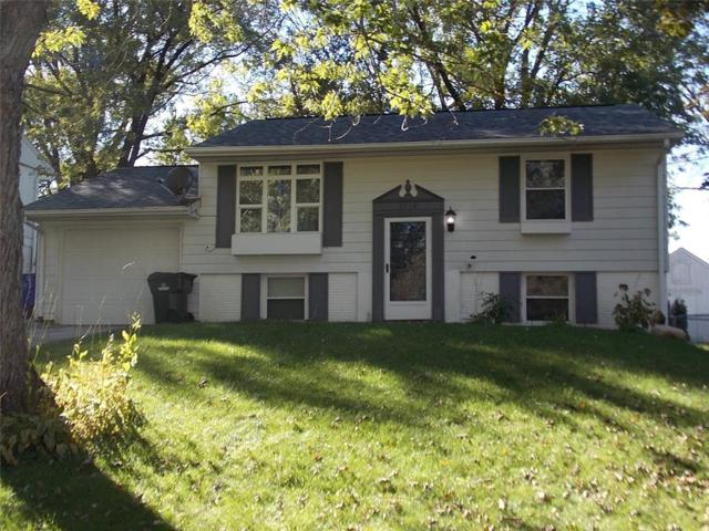 3114 Huxley Lane SW, Cedar Rapids, IA 52404 (MLS #1807306) :: The Graf Home Selling Team