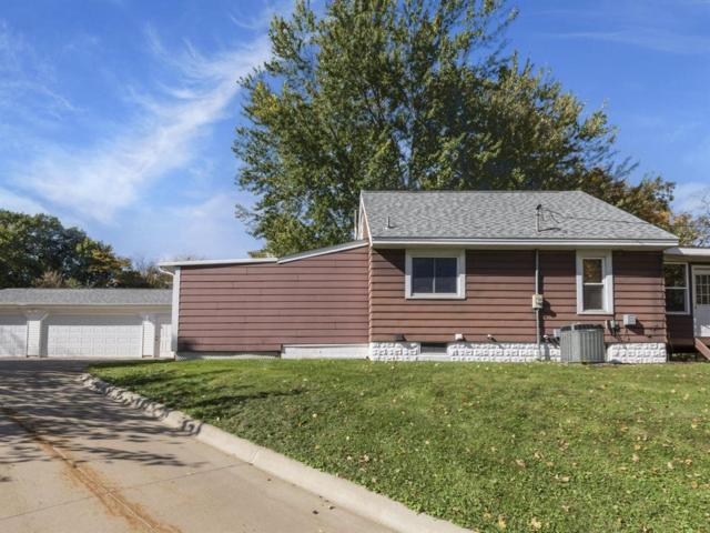 2205 Coldstream Avenue NE, Cedar Rapids, IA 52402 (MLS #1807327) :: The Graf Home Selling Team