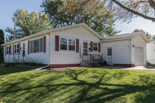 209 Janice Drive NW, Cedar Rapids, IA 52405 (MLS #1807332) :: The Graf Home Selling Team