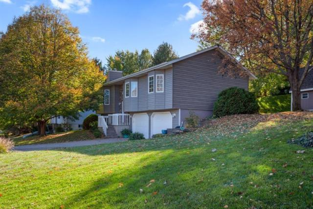 2008 Waterford Drive, Coralville, IA 52241 (MLS #1807368) :: The Graf Home Selling Team