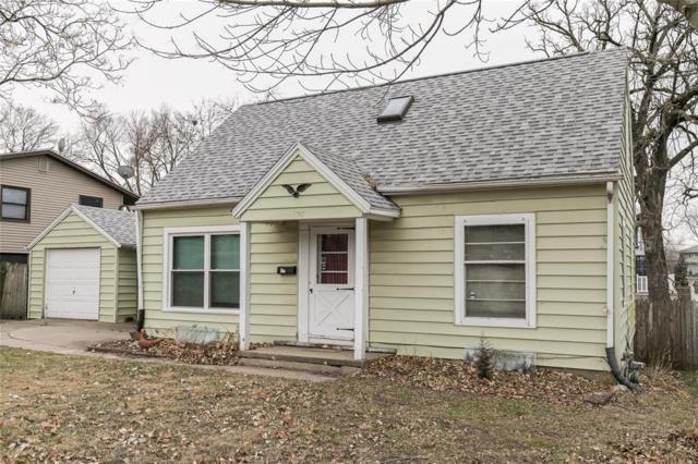 825 Wellington Street SE, Cedar Rapids, IA 52403 (MLS #1808111) :: The Graf Home Selling Team