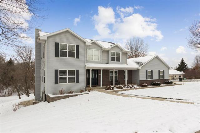 1648 Red Oak Drive, Coralville, IA 52241 (MLS #1808184) :: The Graf Home Selling Team