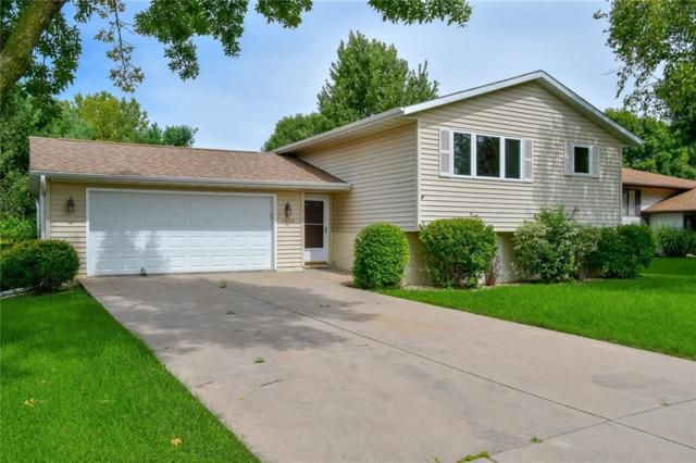 4400 Mission Avenue, Marion, IA 52302 (MLS #1808236) :: The Graf Home Selling Team