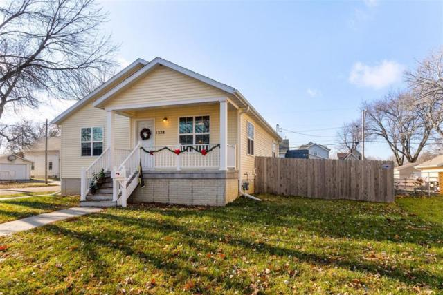 1328 K Street SW, Cedar Rapids, IA 52404 (MLS #1808249) :: The Graf Home Selling Team
