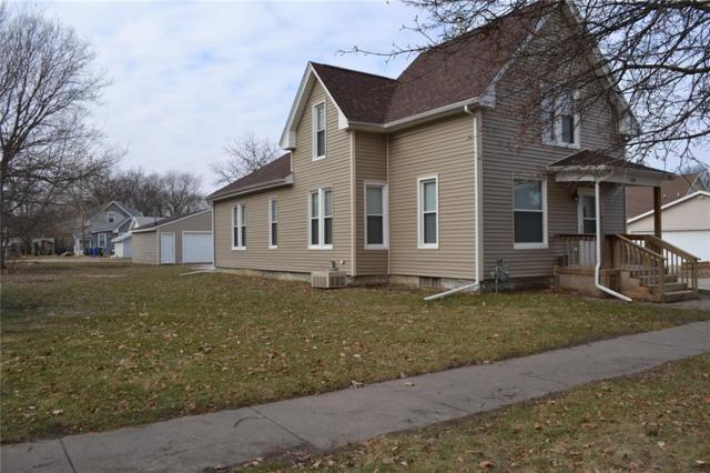516 8th Street SW, Cedar Rapids, IA 52404 (MLS #1808250) :: The Graf Home Selling Team