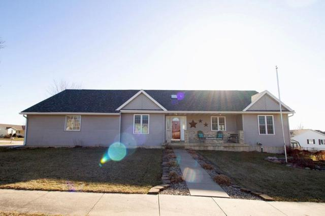 306 Valley Drive, Center Point, IA 52213 (MLS #1900348) :: The Graf Home Selling Team