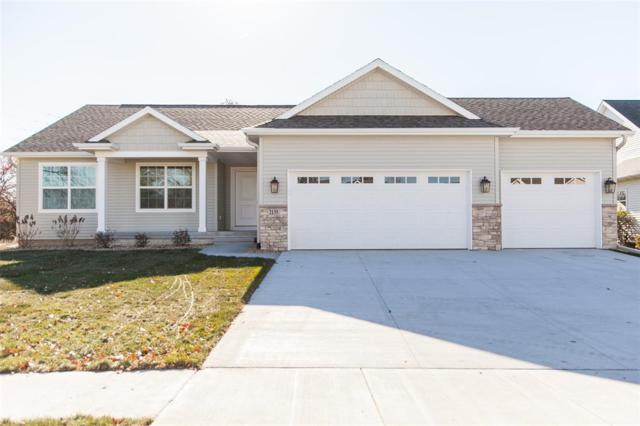 2135 Wolf Creek Trail, Hiawatha, IA 52233 (MLS #1900412) :: The Graf Home Selling Team