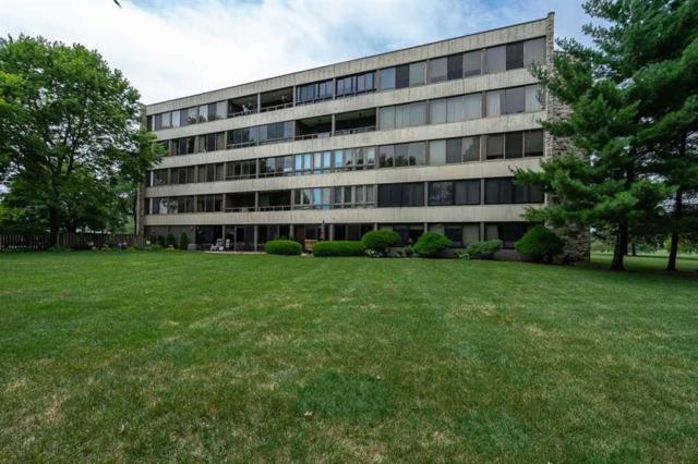 820 Club House Road 2E, North Liberty, IA 52317 (MLS #1900775) :: The Graf Home Selling Team