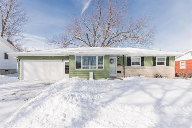 2726 Evelyn Drive SW, Cedar Rapids, IA 52404 (MLS #1901028) :: The Graf Home Selling Team