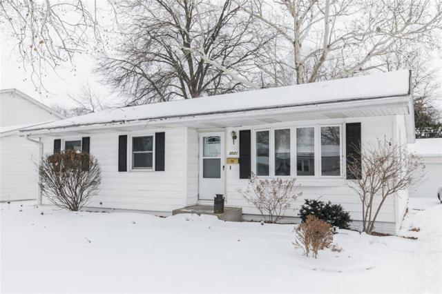 3021 Ravenwood Terrace NW, Cedar Rapids, IA 52405 (MLS #1901035) :: The Graf Home Selling Team