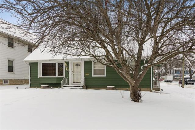 1631 Maple Street NW, Cedar Rapids, IA 52404 (MLS #1901047) :: The Graf Home Selling Team