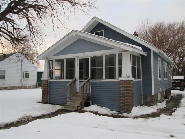 386 16th Avenue SW, Cedar Rapids, IA 52404 (MLS #1901065) :: The Graf Home Selling Team