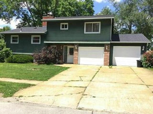 1720 Country Club Drive, Marion, IA 52302 (MLS #1901191) :: The Graf Home Selling Team