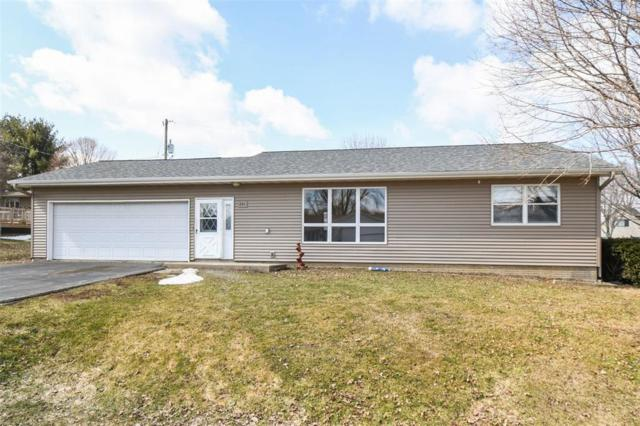201 3rd Avenue, Stanwood, IA 52337 (MLS #1901872) :: The Graf Home Selling Team