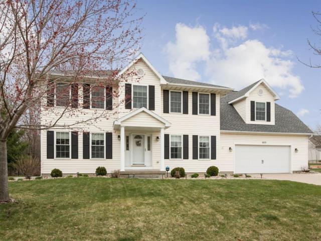 1835 Lyndhurst Drive, Hiawatha, IA 52233 (MLS #1902454) :: The Graf Home Selling Team