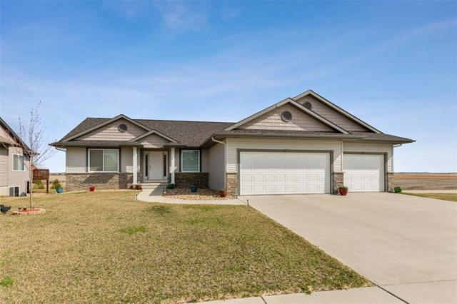 3448 Montgomery Circle, Marion, IA 52302 (MLS #1902784) :: The Graf Home Selling Team