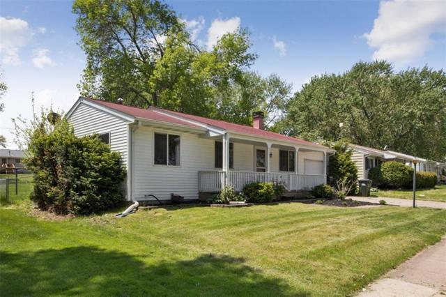 2211 Hollywood Boulevard, Iowa City, IA 52240 (MLS #1903807) :: The Graf Home Selling Team