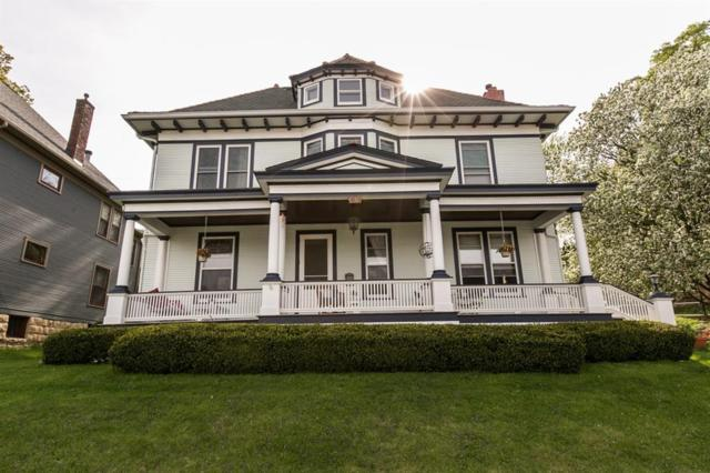 1095 Grove Terrace, Dubuque, IA 52001 (MLS #1903821) :: The Graf Home Selling Team