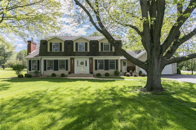 2 Sylvan Lane SE, Cedar Rapids, IA 52403 (MLS #1903844) :: The Graf Home Selling Team