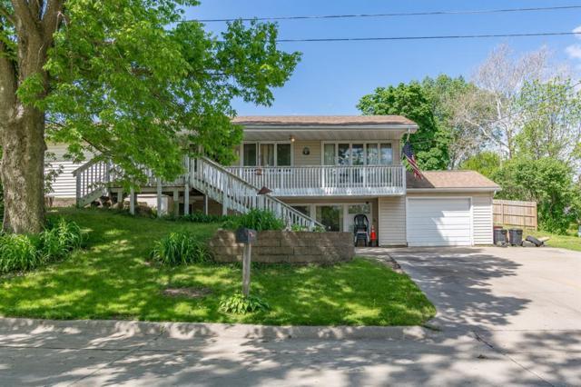 150 N 7th Avenue, Hiawatha, IA 52233 (MLS #1903856) :: The Graf Home Selling Team