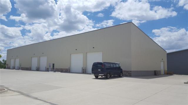 951 Metzger Drive, Hiawatha, IA 52233 (MLS #1904278) :: The Graf Home Selling Team