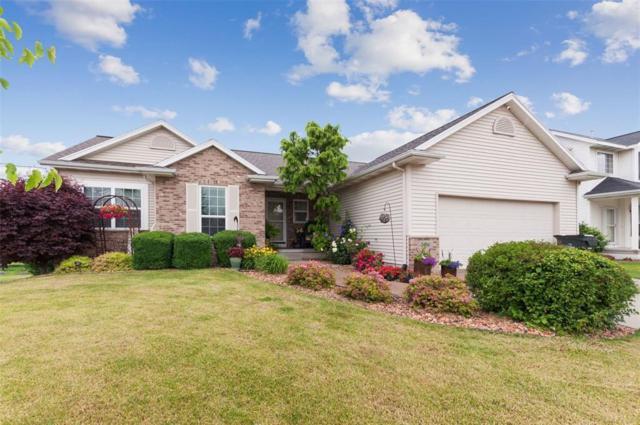 2406 Radcliffe Drive SW, Cedar Rapids, IA 52402 (MLS #1904592) :: The Graf Home Selling Team