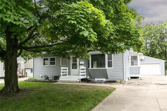 923 39th Street SE, Cedar Rapids, IA 52405 (MLS #1904639) :: The Graf Home Selling Team