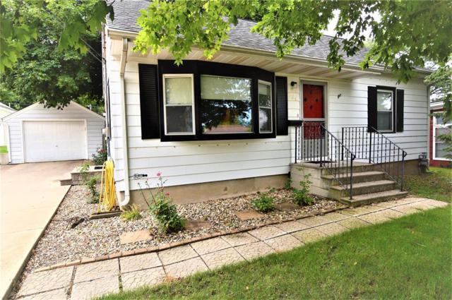 224 26th Street NW, Cedar Rapids, IA 52405 (MLS #1904648) :: The Graf Home Selling Team