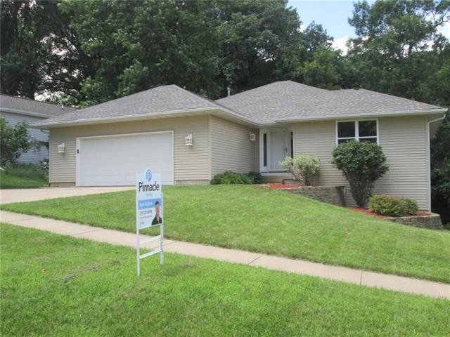 1339 34th Street SE, Cedar Rapids, IA 52403 (MLS #1905007) :: The Graf Home Selling Team