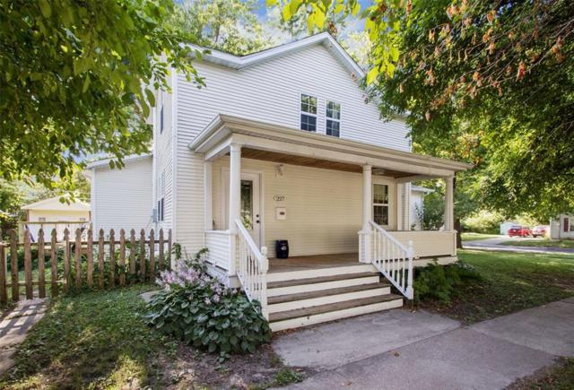 227 N Governor Street, Iowa City, IA 52245 (MLS #1905167) :: The Graf Home Selling Team