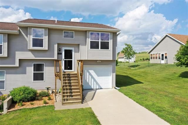 604 Kay Drive, Oxford, IA 52322 (MLS #1905182) :: The Graf Home Selling Team