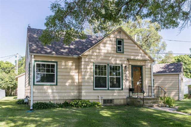 622 20th Street NE, Cedar Rapids, IA 52402 (MLS #1905224) :: The Graf Home Selling Team
