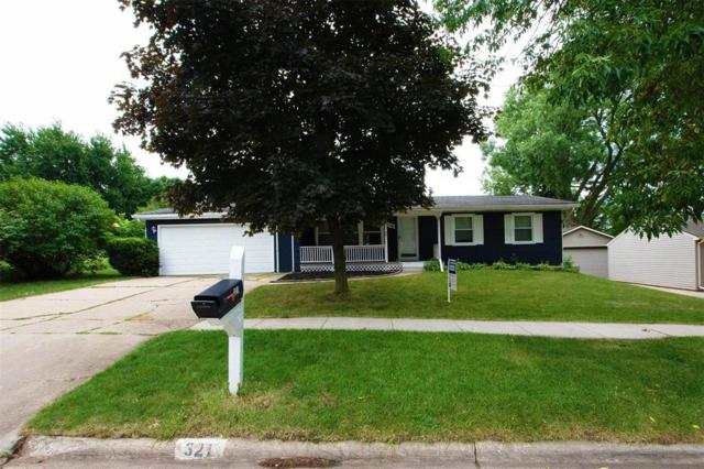 321 Hampden Drive NE, Cedar Rapids, IA 52402 (MLS #1905282) :: The Graf Home Selling Team