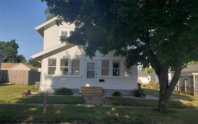 910 S 8th Avenue, Vinton, IA 52349 (MLS #1905631) :: The Graf Home Selling Team